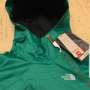 NWT Ladies' North Face Feverpost Pullover